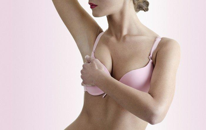 mujer-cancer-seno-busto